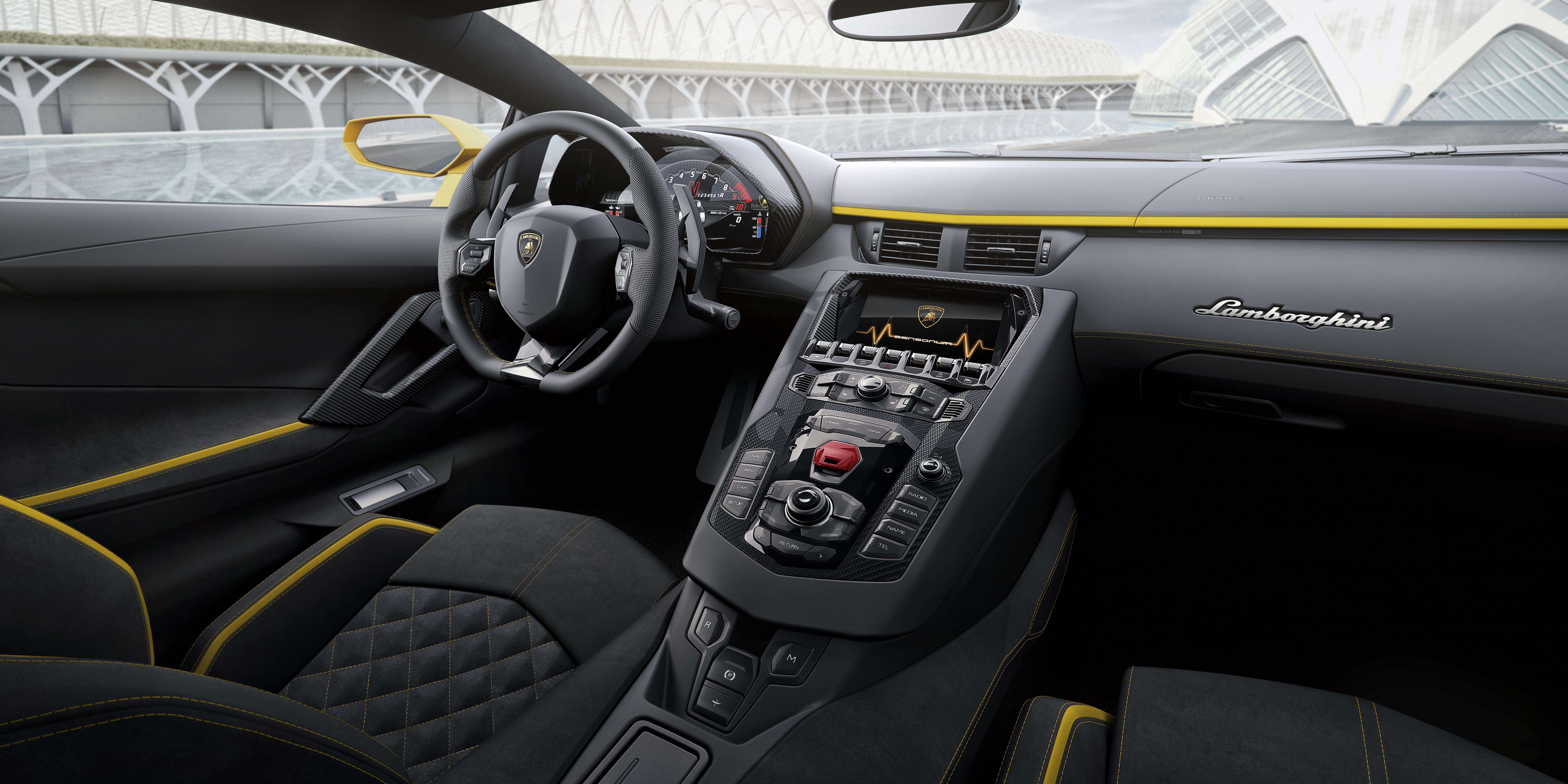 2017 Lamborghini Aventador S Interior 8k