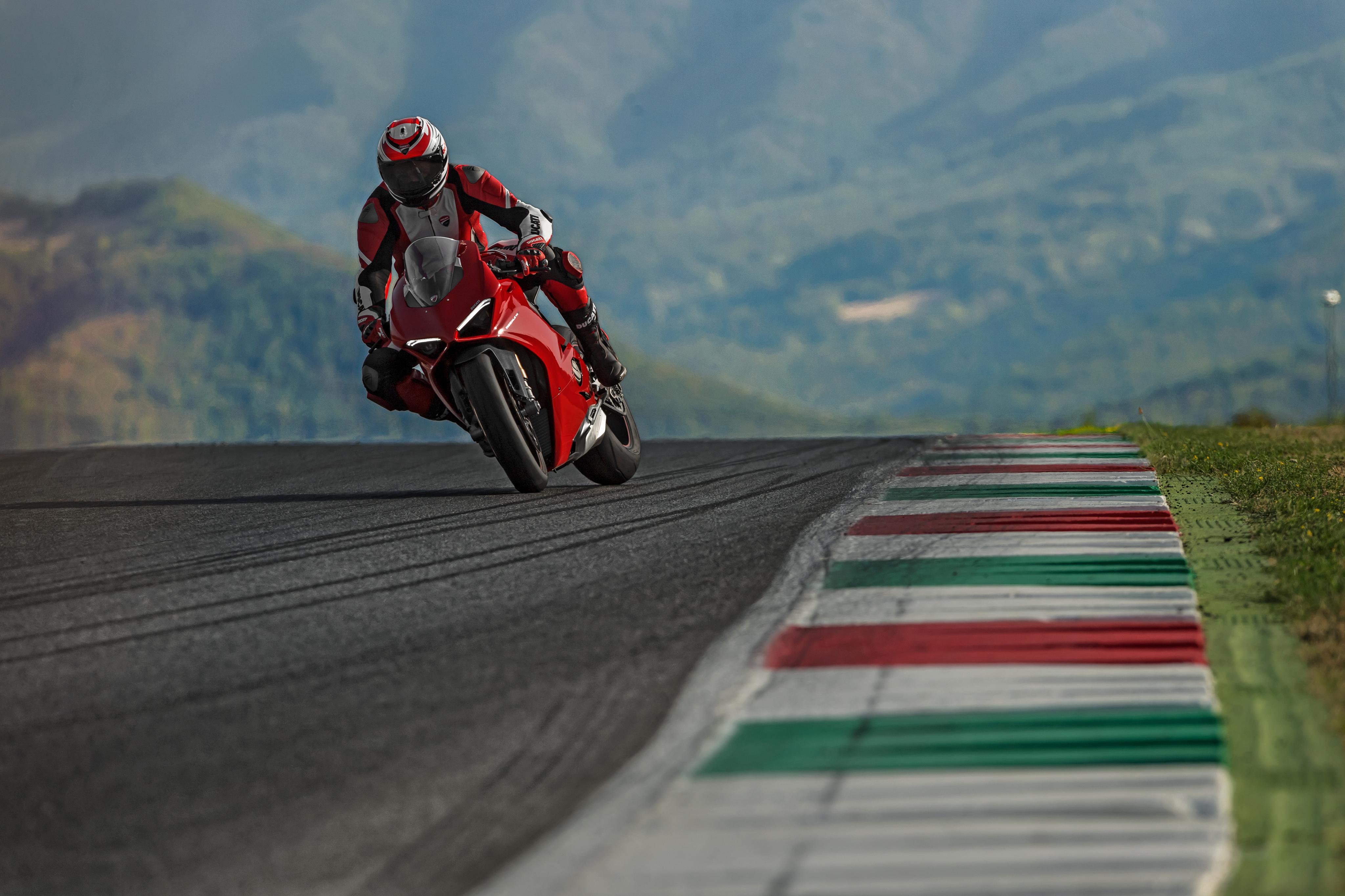 2018 Ducati Panigale V4 4k, HD Bikes, 4k Wallpapers