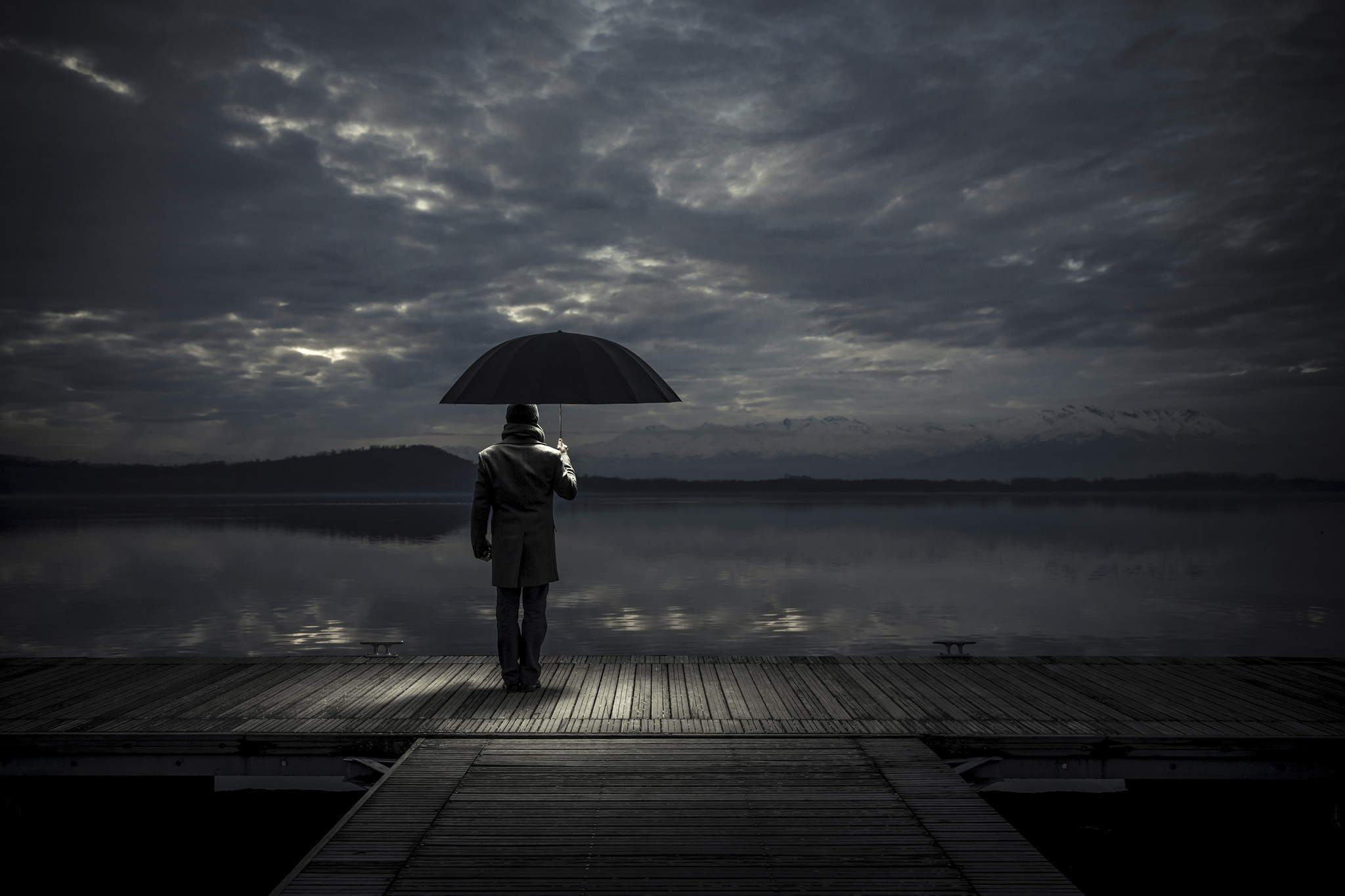 download alone man with umbrella hd 4k wallpapers in