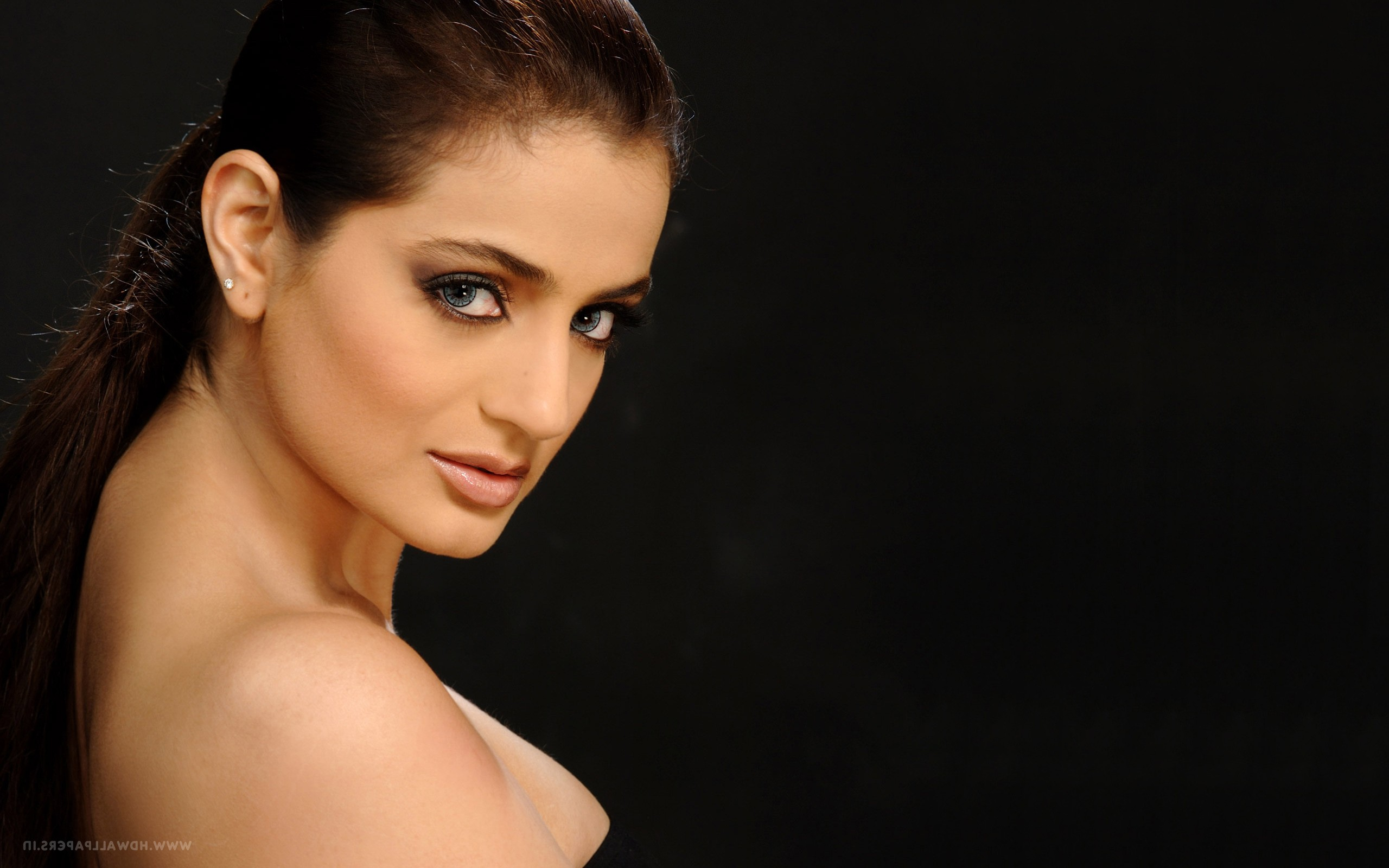ameesha patel 2, hd indian celebrities, 4k wallpapers, images