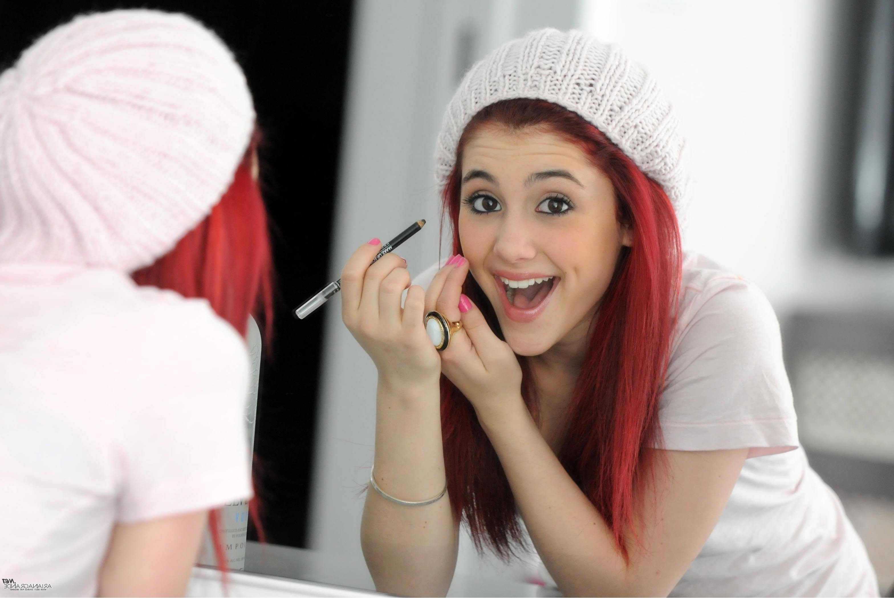 Ariana Grande Dimple Apple IphoneiPod TouchGalaxy Ace