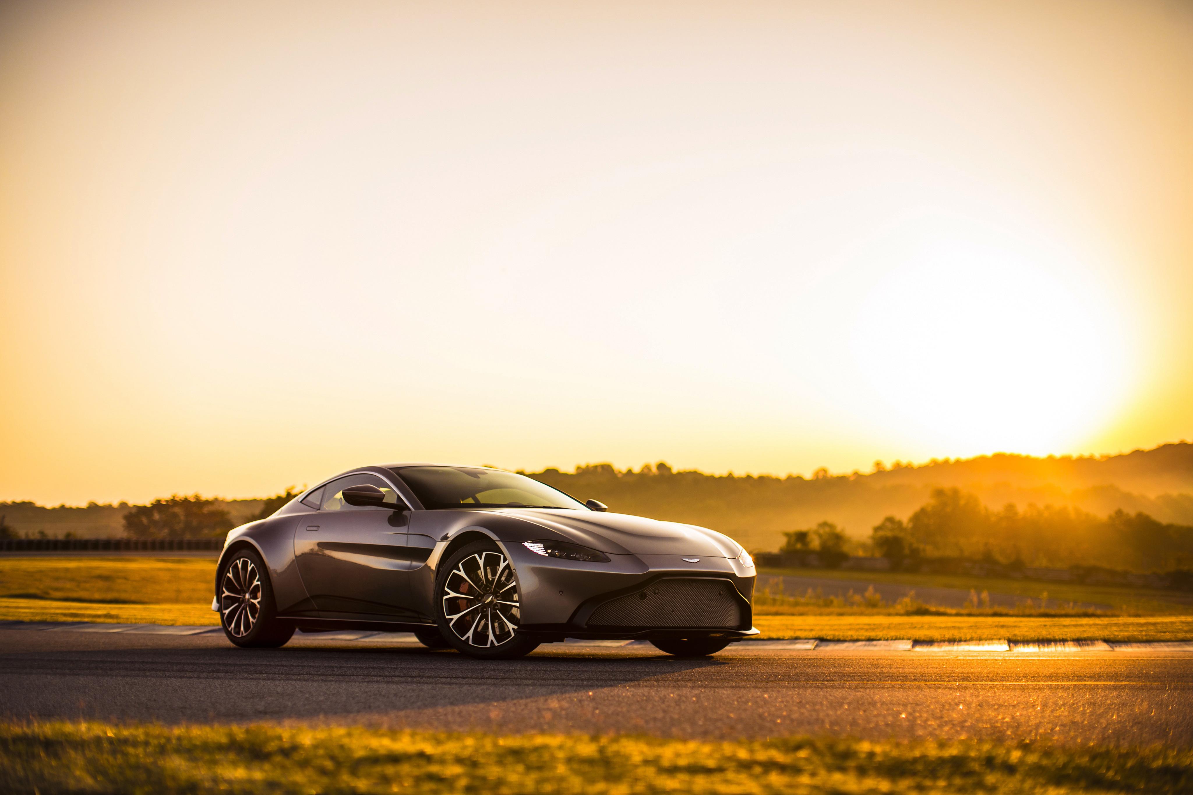 Aston Martin Vantage 2018 Hd Cars 4k Wallpapers Images