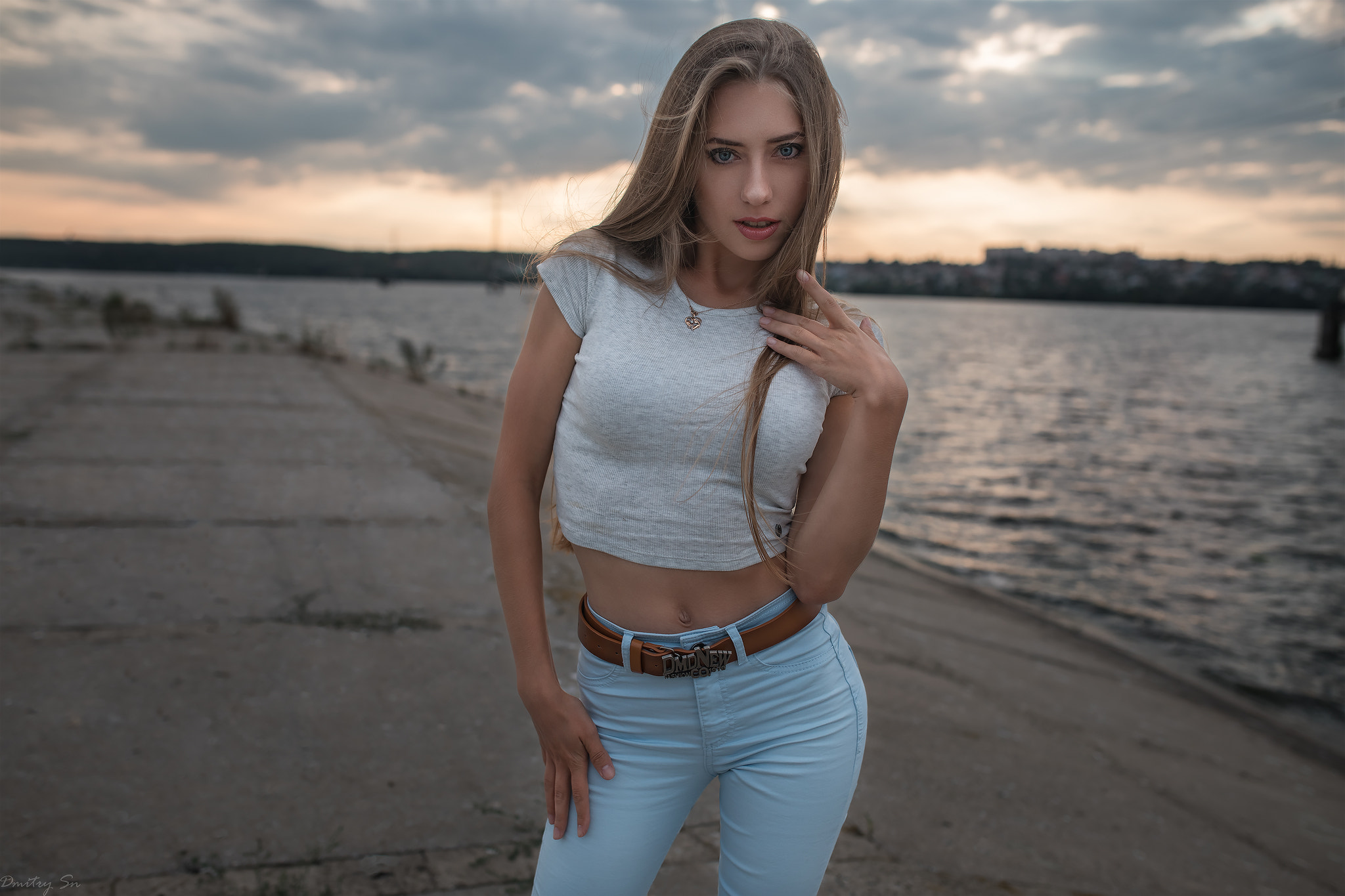 Αποτέλεσμα εικόνας για beautiful woman android