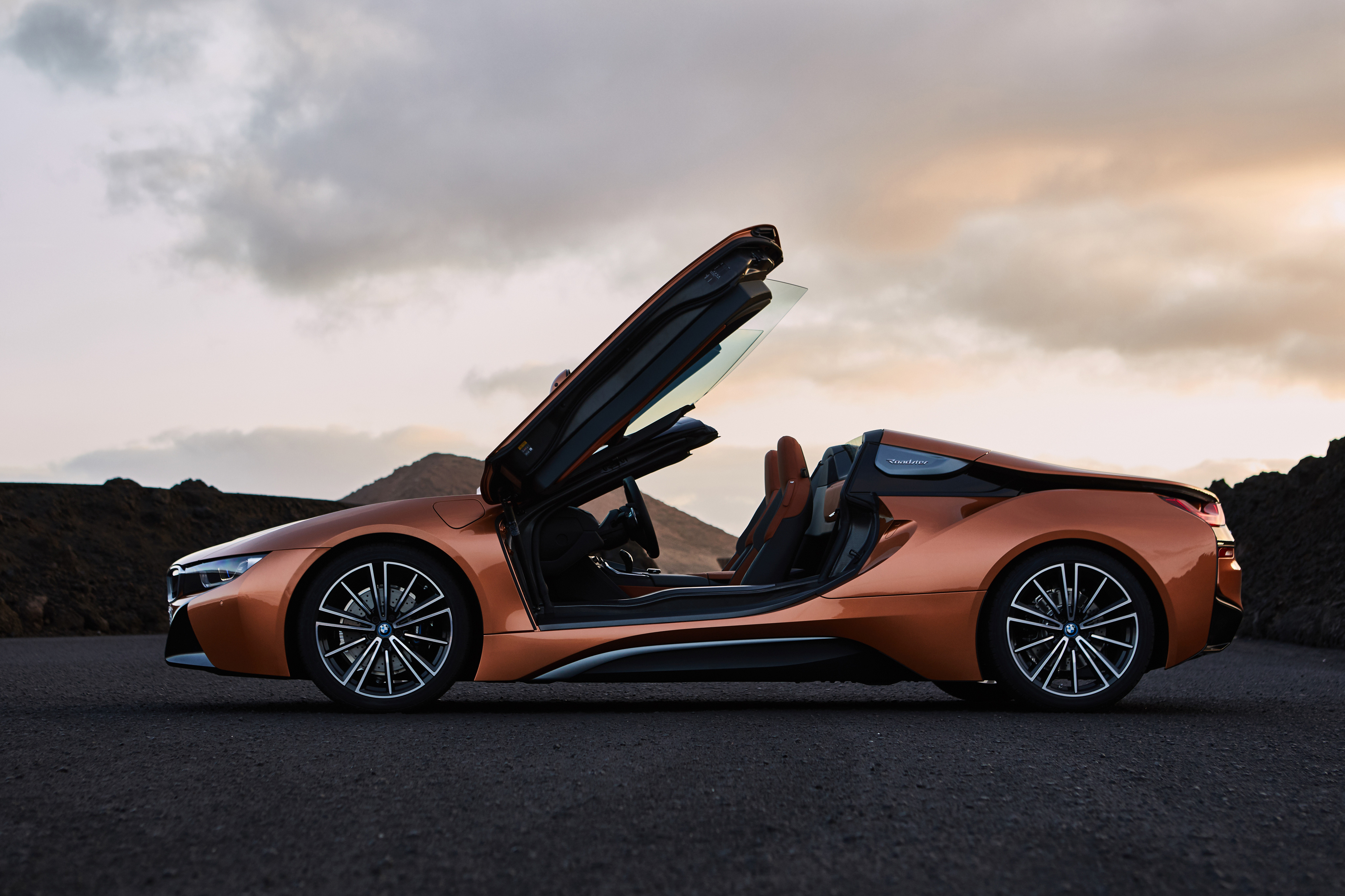 Bmw I8 Side View Hd Cars 4k Wallpapers Images Backgrounds