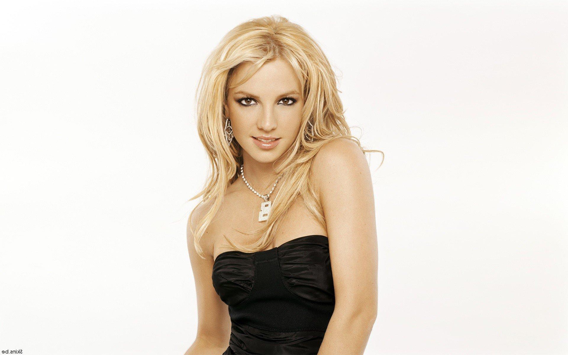 Britney Spears 1366x768 Resolution