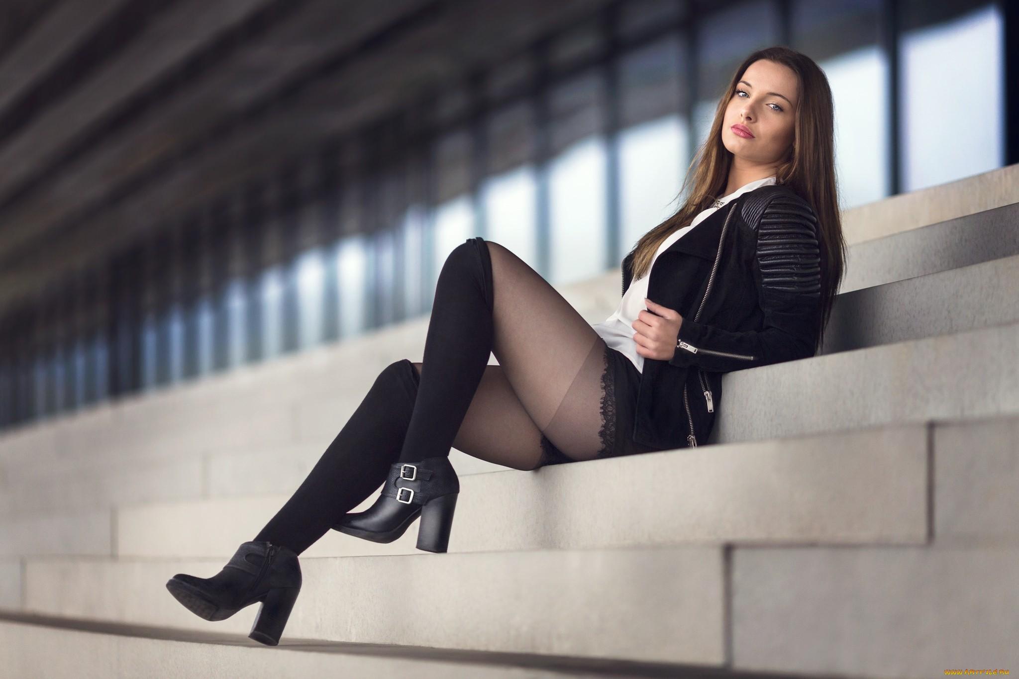 Brunette Model Pictures 6