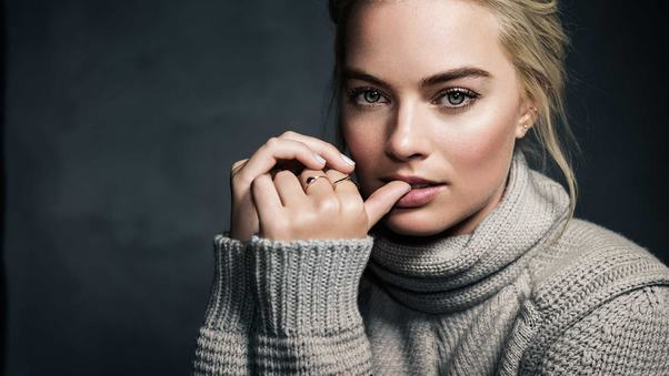 2016-margot-robbie-celebrity-4k.jpg