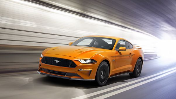 2018-ford-mustang-gt-on.jpg