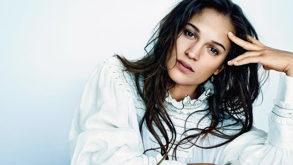 alicia-vikander-swedish-actress.jpg