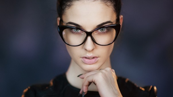 alla-berger-glasses-to.jpg