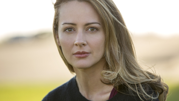 amy-acker-the-gifted-yg.jpg