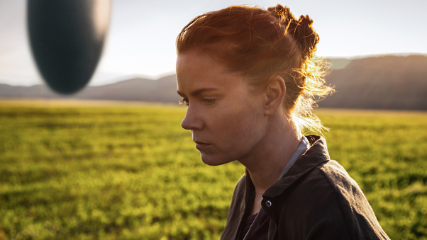 amy-adams-in-arrival-movie-po.jpg