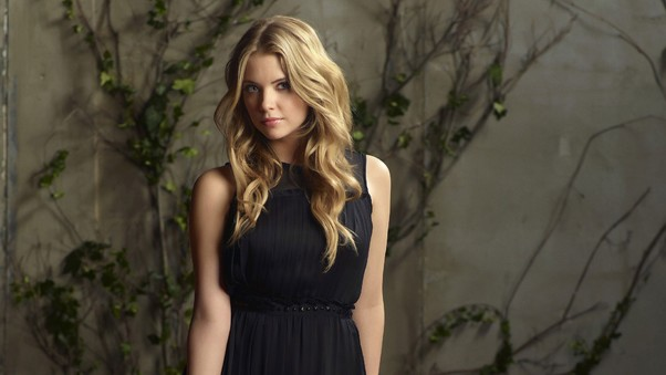 ashley-benson-new-pic.jpg