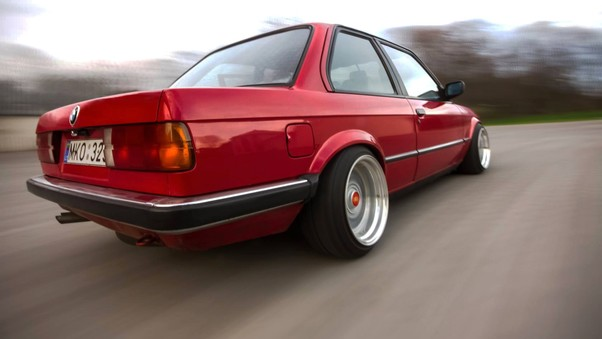 bmw-e30-old-sport-car-wide.jpg