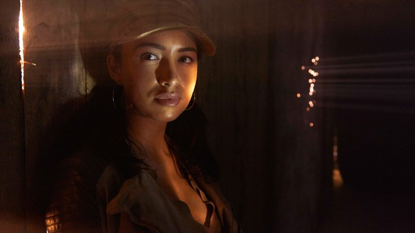 christian-serratos-in-walking-dead.jpg