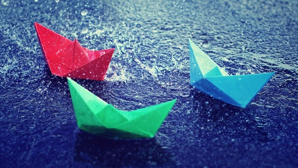 colorful-paper-boats-pic.jpg