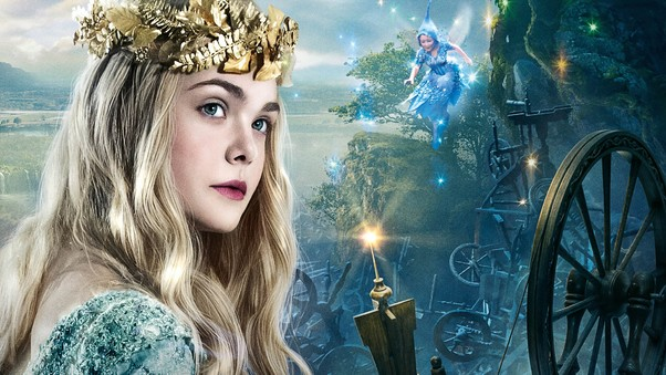 elle-fanning-as-princess-aurora.jpg