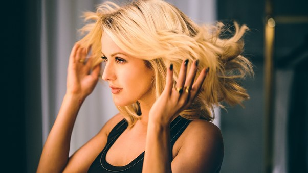 Ellie Goulding Beautiful Hairs