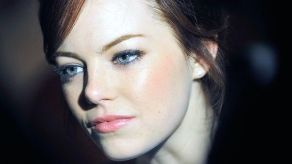 emma-stone-close-up-pic.jpg