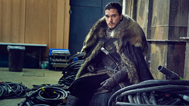 jon-snow-game-of-thrones-set-photo-1e.jpg