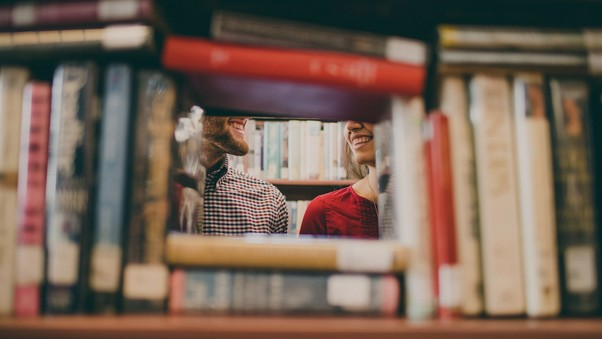 library-love-couple-pic.jpg
