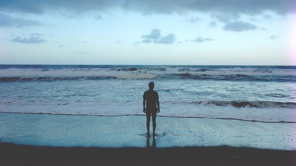 man-standing-at-ocean-shore-pic.jpg