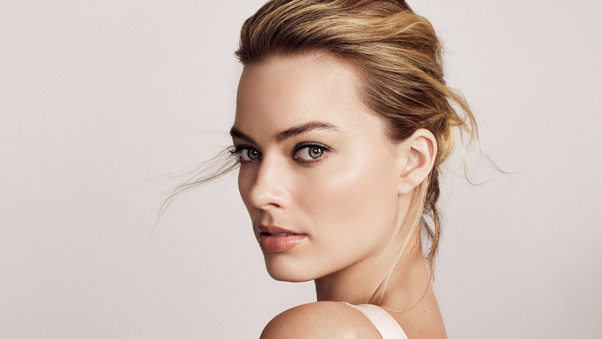 margot-robbie-new-2017-ap.jpg