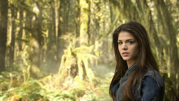 marie-avgeropoulos-as-octavia-blake-in-the-100-d2.jpg