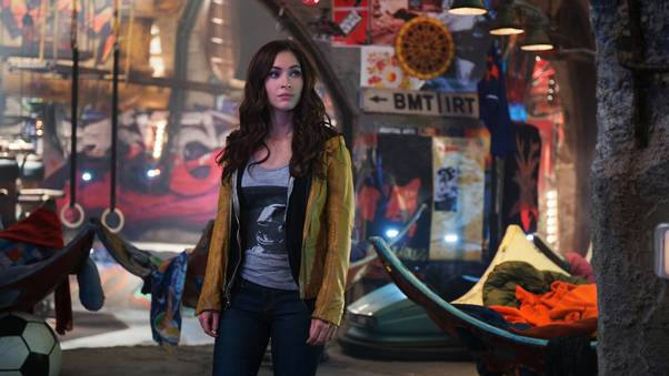 megan-fox-in-tmnt-2-pic.jpg