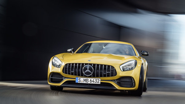 mercedes-benz-amg-gt-2018-new.jpg