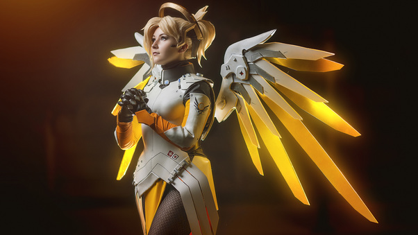 mercy-overwatch-cosplay-ad.jpg
