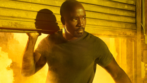 mike-colter-as-luke-cage-qu.jpg