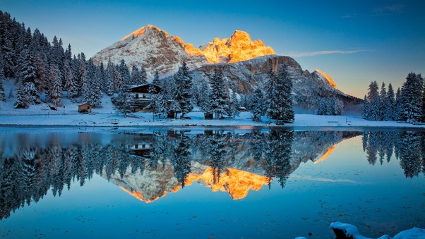 misurina-lake-reflections.jpg