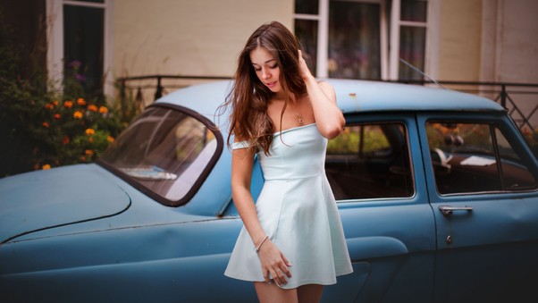 model-with-classic-car.jpg