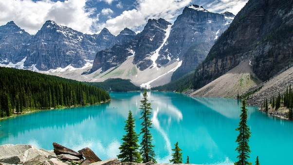 moraine-lake-national-park.jpg
