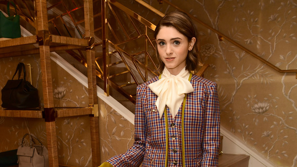 natalia-dyer-photoshoot-2017-ep.jpg