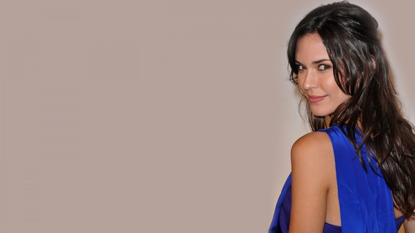 Odette Annable Cute