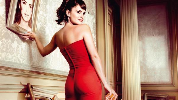 penelope-cruz-red-dress-4k.jpg