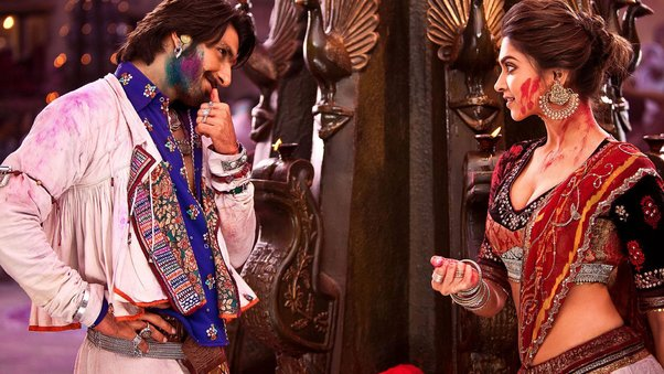 ram-leela-movie-scene.jpg
