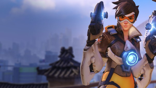 tracer-in-overwatch-game.jpg