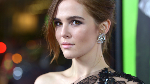zoey-deutch-actress-pic.jpg