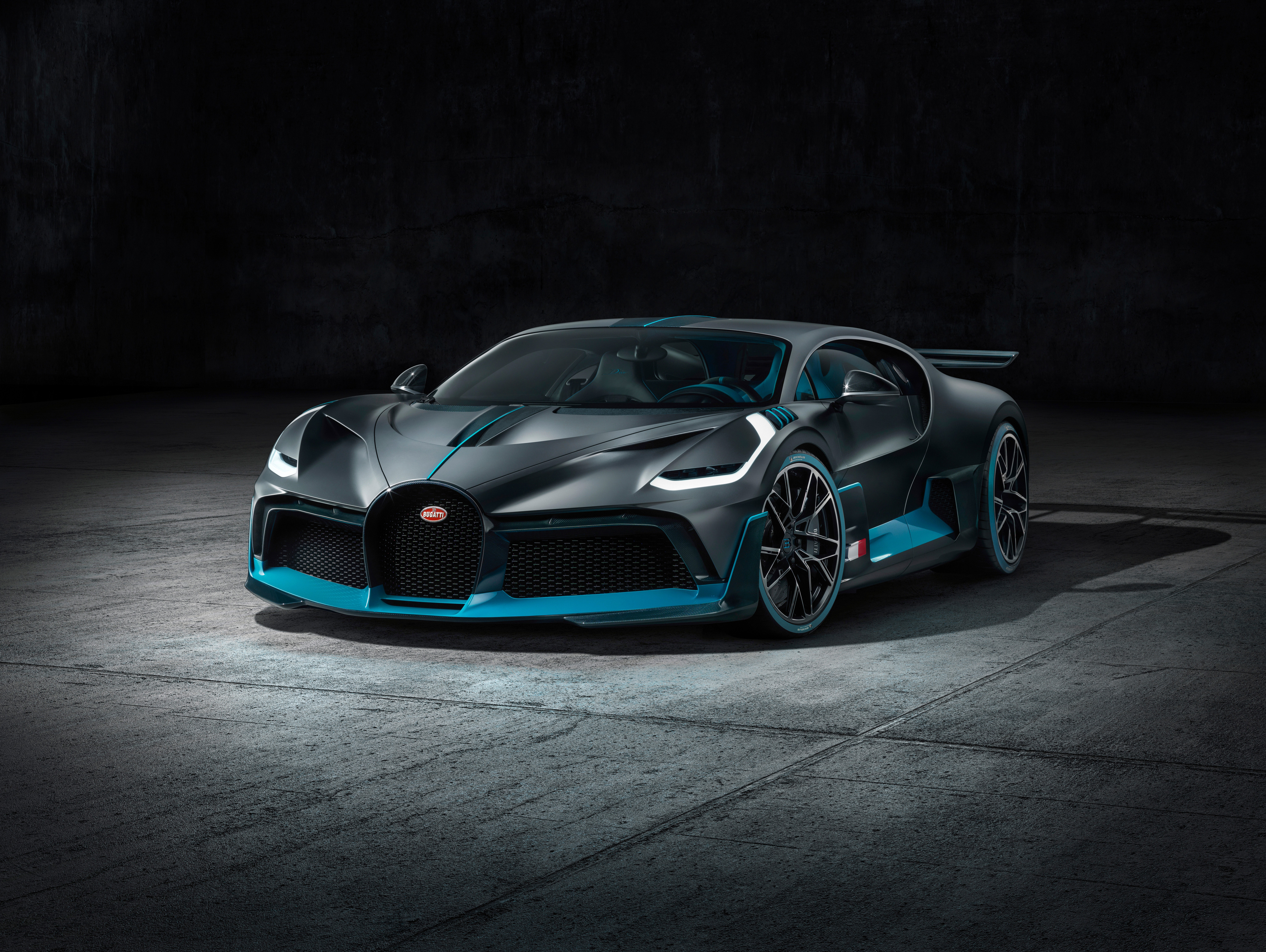 Bugatti Divo 2018 4k Hd Cars 4k Wallpapers Images Backgrounds