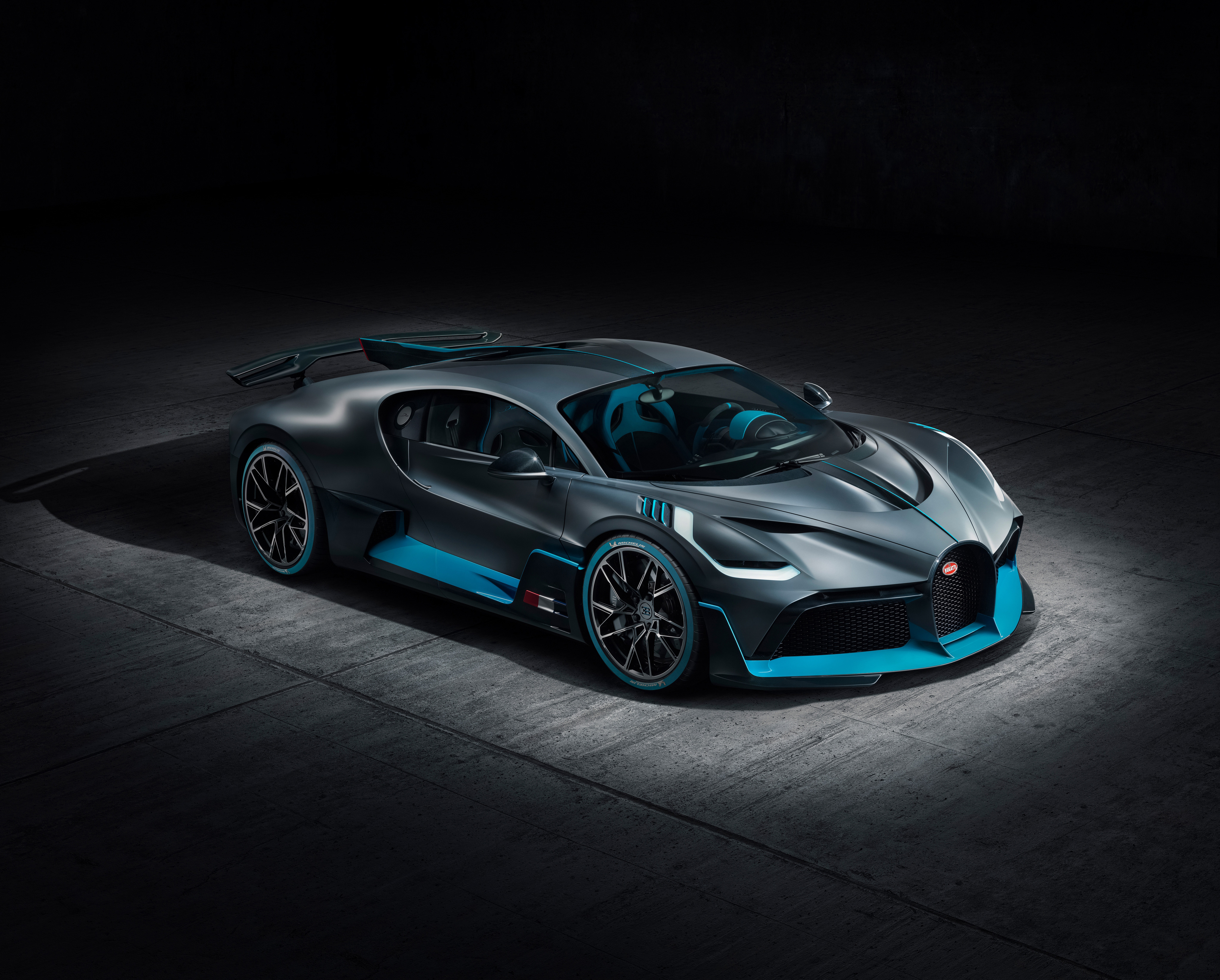 Bugatti Divo 2018 Front Hd Cars 4k Wallpapers Images Backgrounds