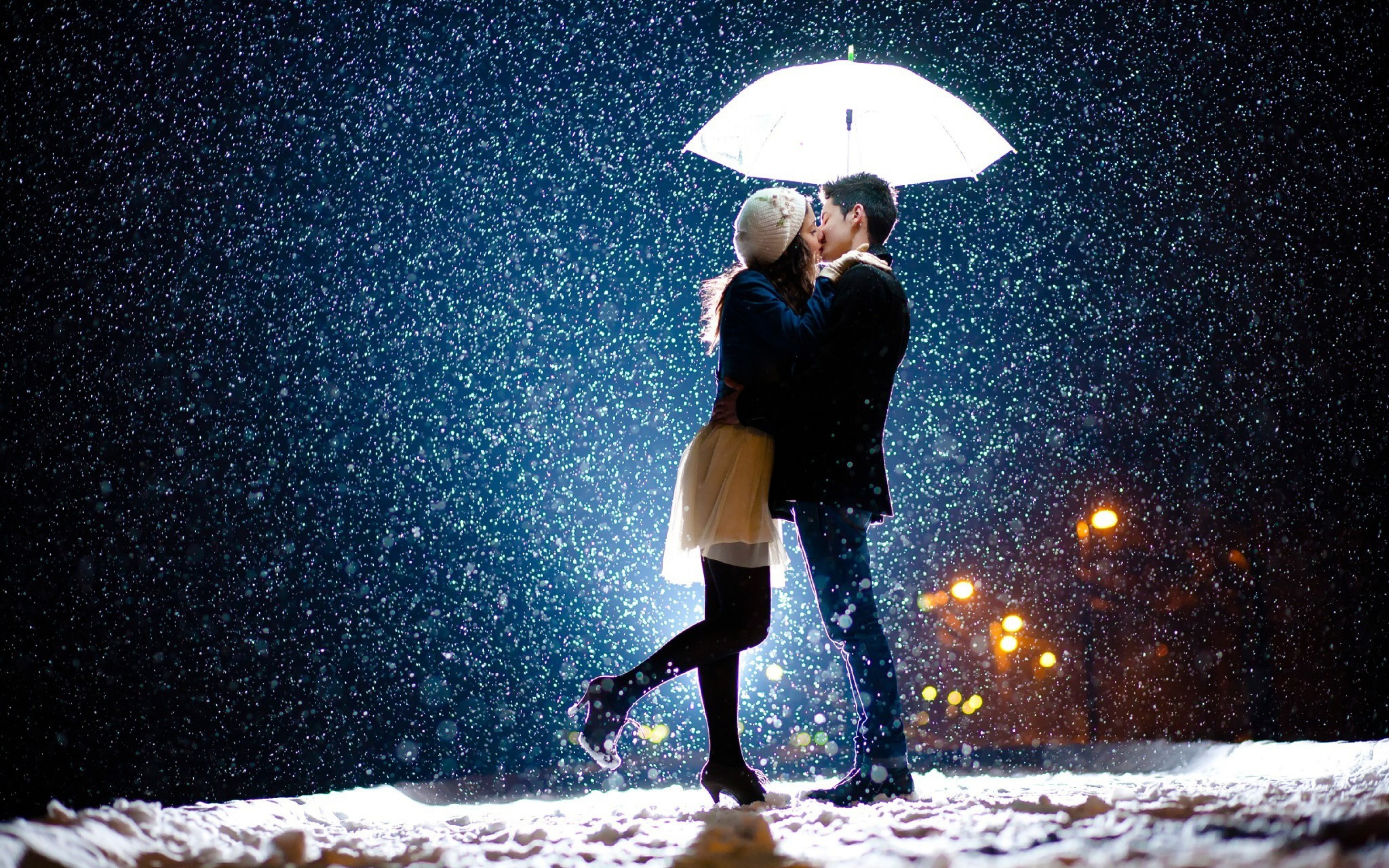 Couple kiss in snow hd love 4k wallpapers images - 4k love wallpaper for mobile ...