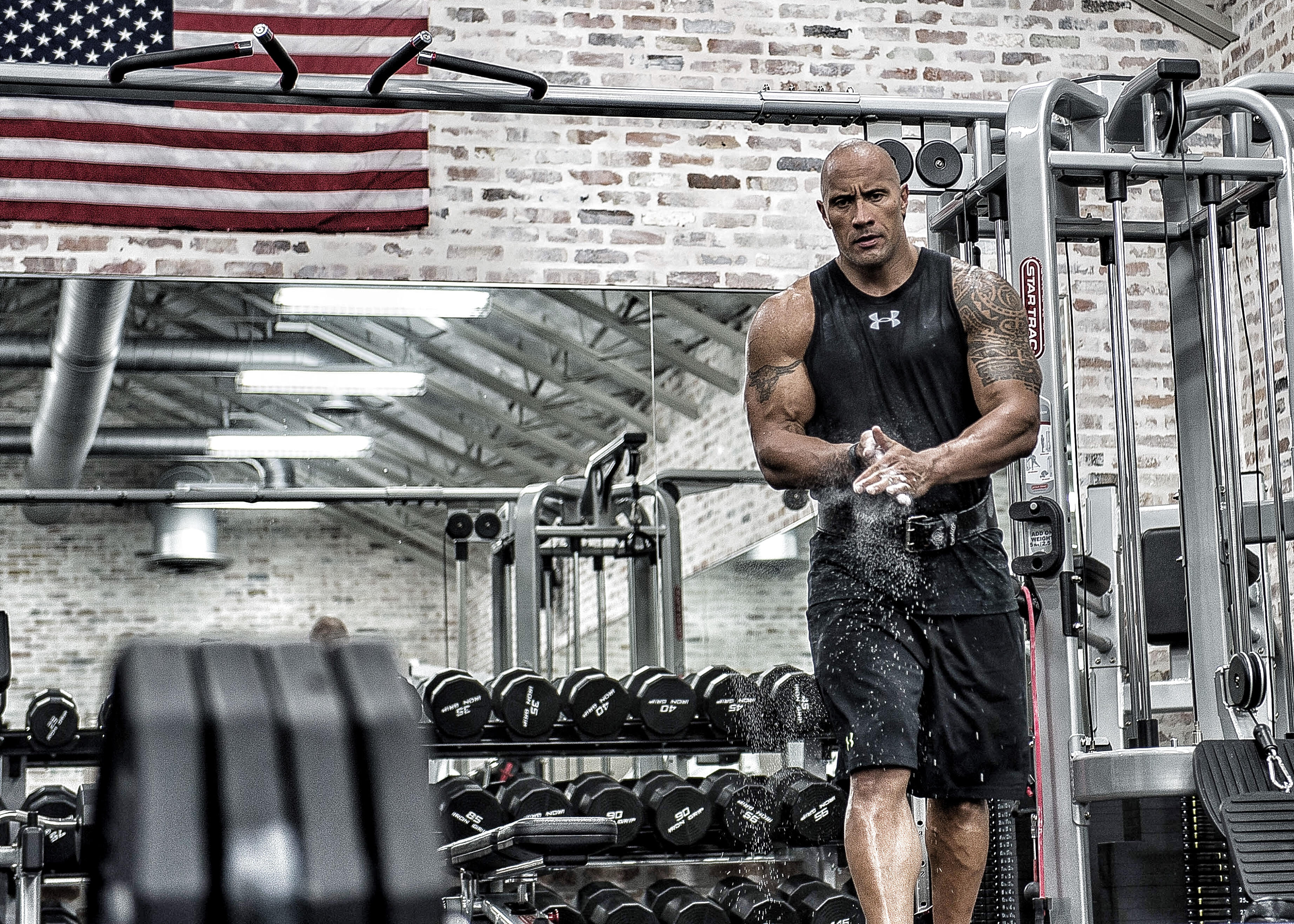 Dwayne Johnson In Gym 4k Hd Celebrities 4k Wallpapers