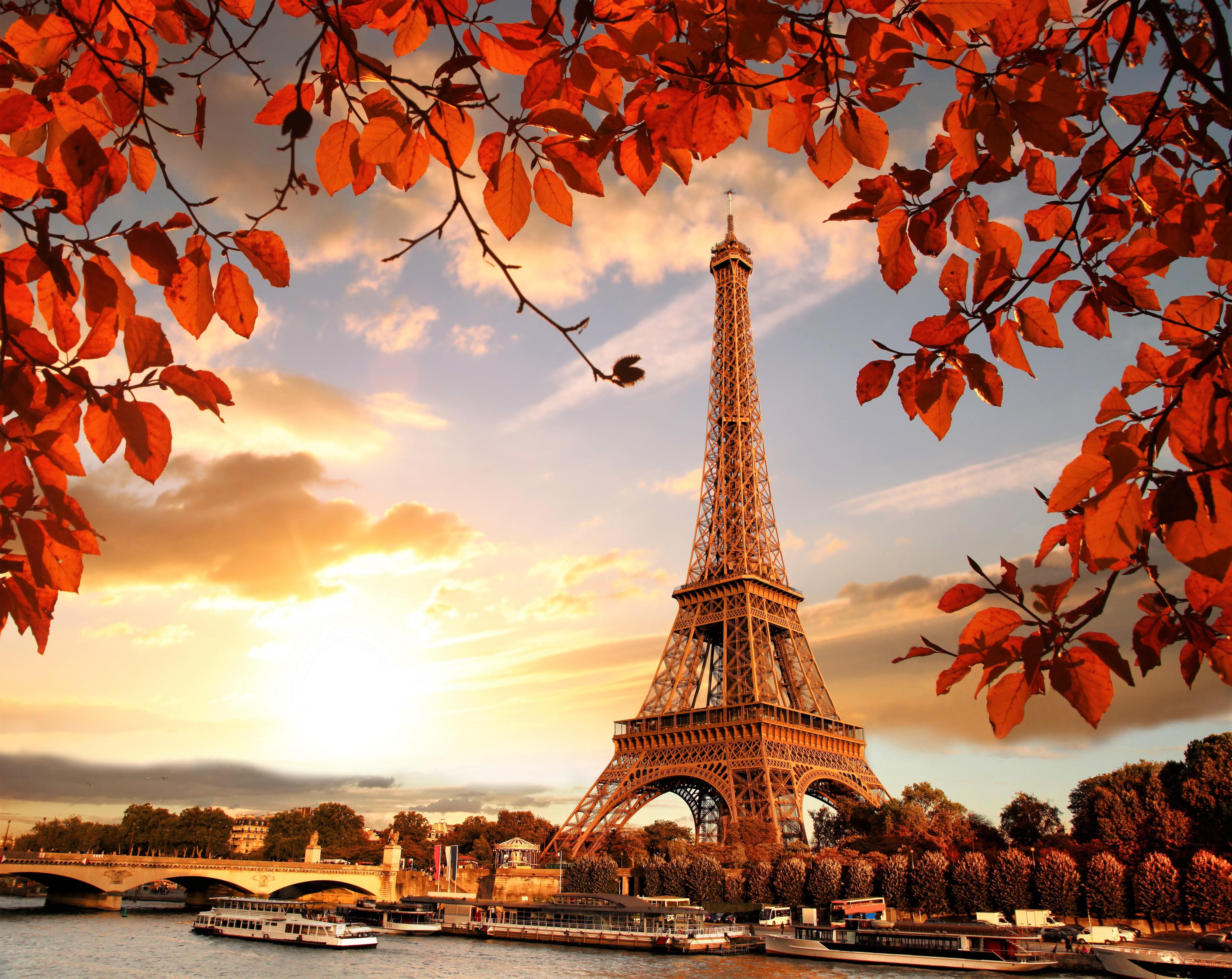 eiffel tower autumn season 4k 5k  hd world  4k wallpapers