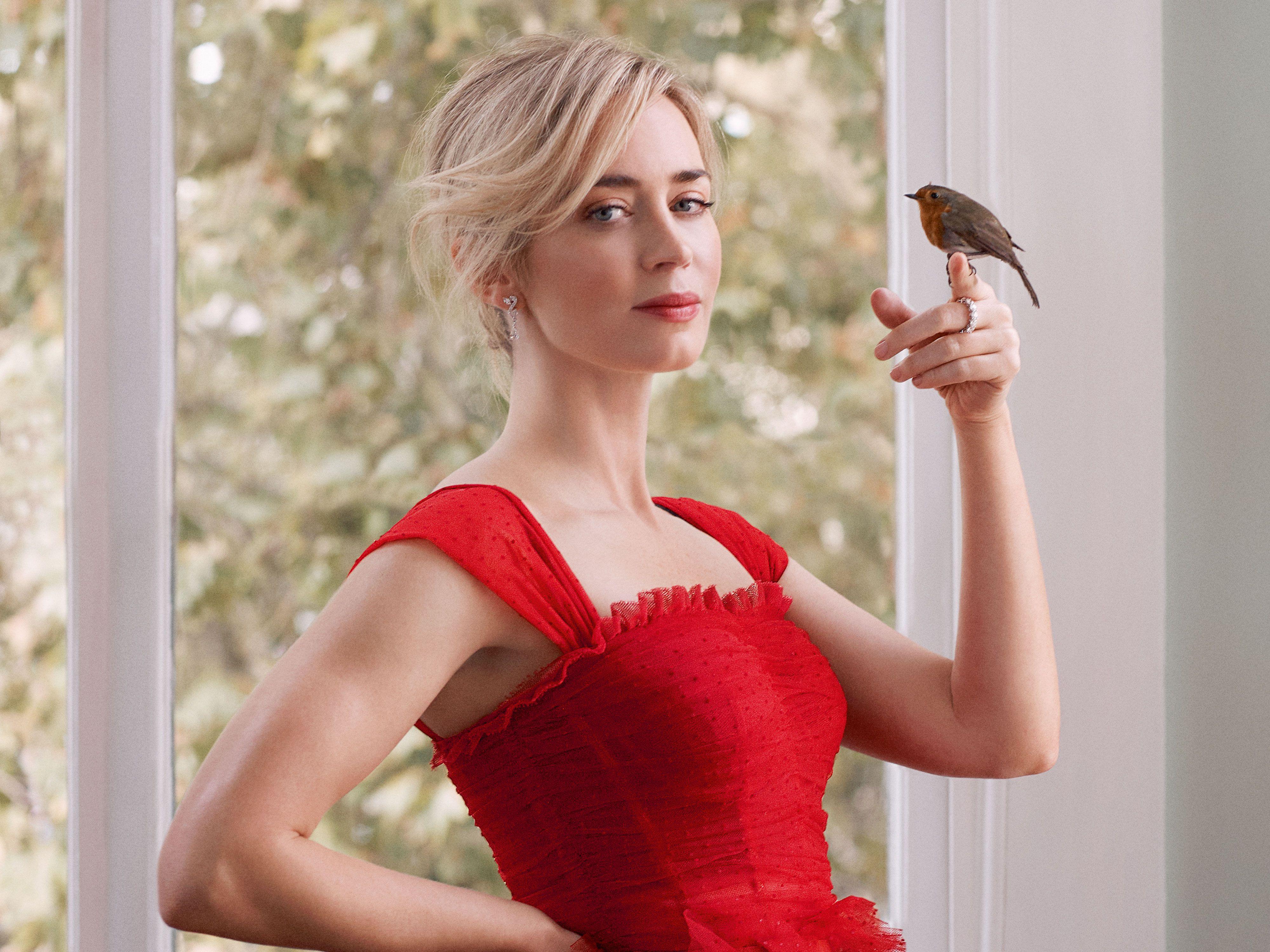 3840x2160 Emily Blunt Harper Bazaar Jan 2019 4k 4k HD 4k ...