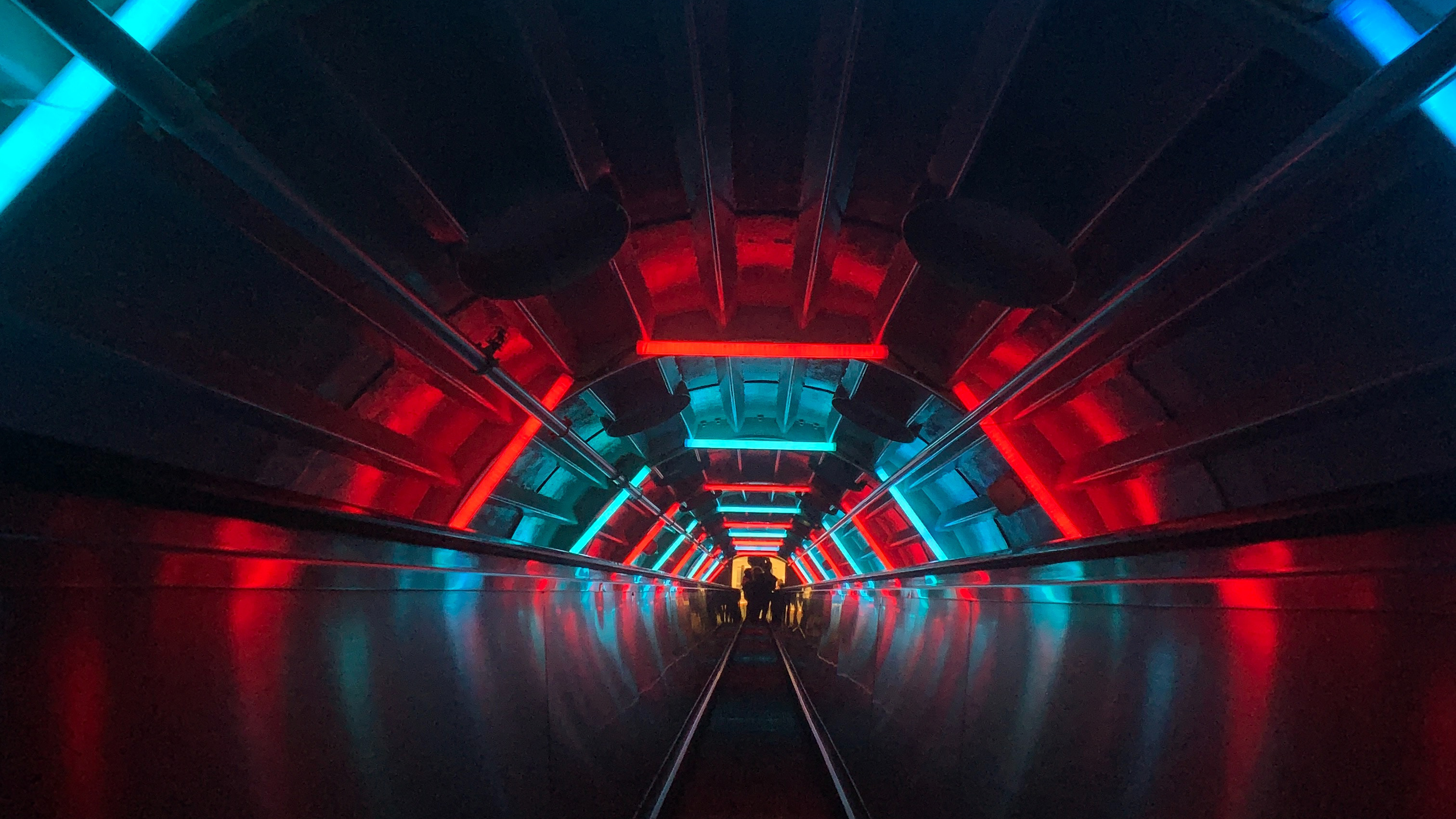Escalator Tunnel Dark Neon, HD Photography, 4k Wallpapers, Images