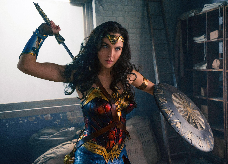 Wallpaper Gal Gadot Wonder Woman Hd Movies 7553: Gal Gadot Wonder Woman, HD Movies, 4k Wallpapers, Images