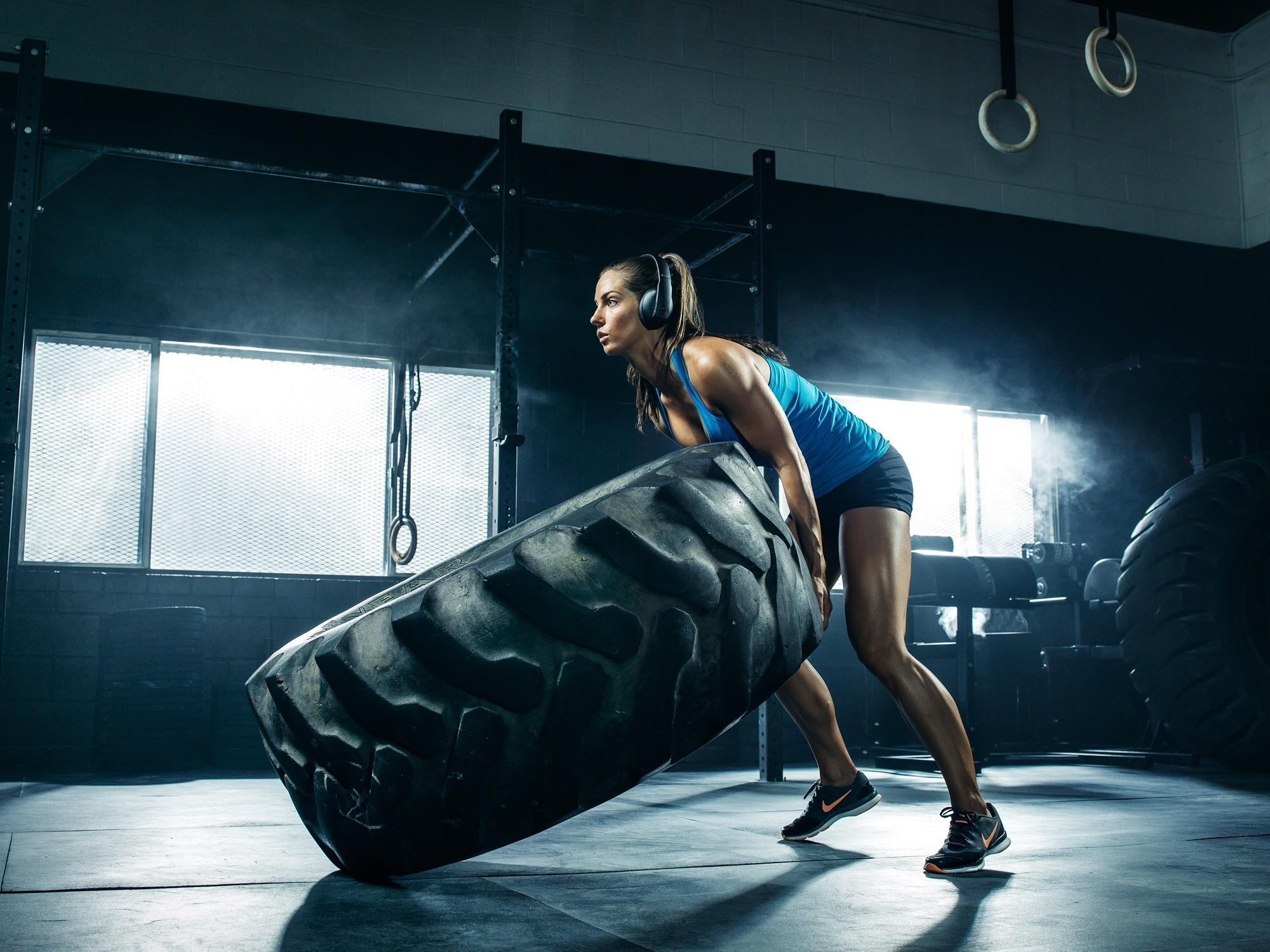Female fitness models wallpaper